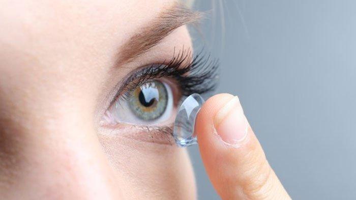 Lensa Kontak yang Bisa nge-Zoom Lewat Kedipan Mata