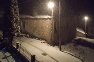 Έντονη χιονόπτωση στην Οξυά (ΦΩΤΟ) και στον Μελά (video)