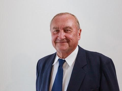 Dr. Vass György Fót polgármestere