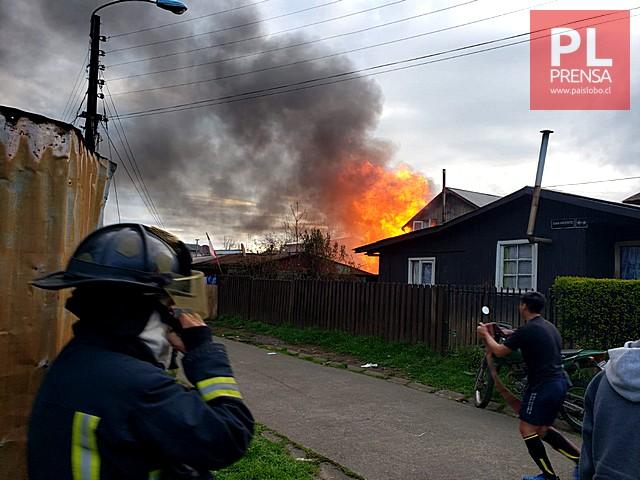Osorno: incendio afecta dos viviendas del sector de Rahue Alto