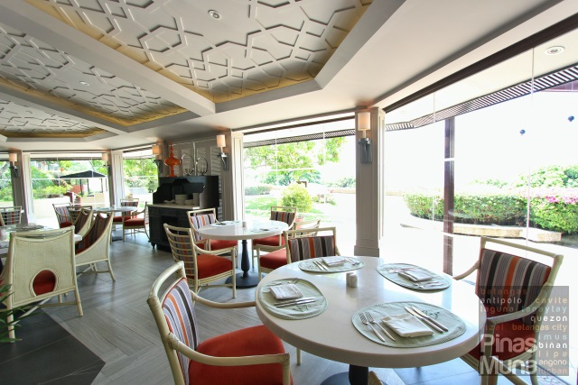 Taza Restaurant at Taal Vista