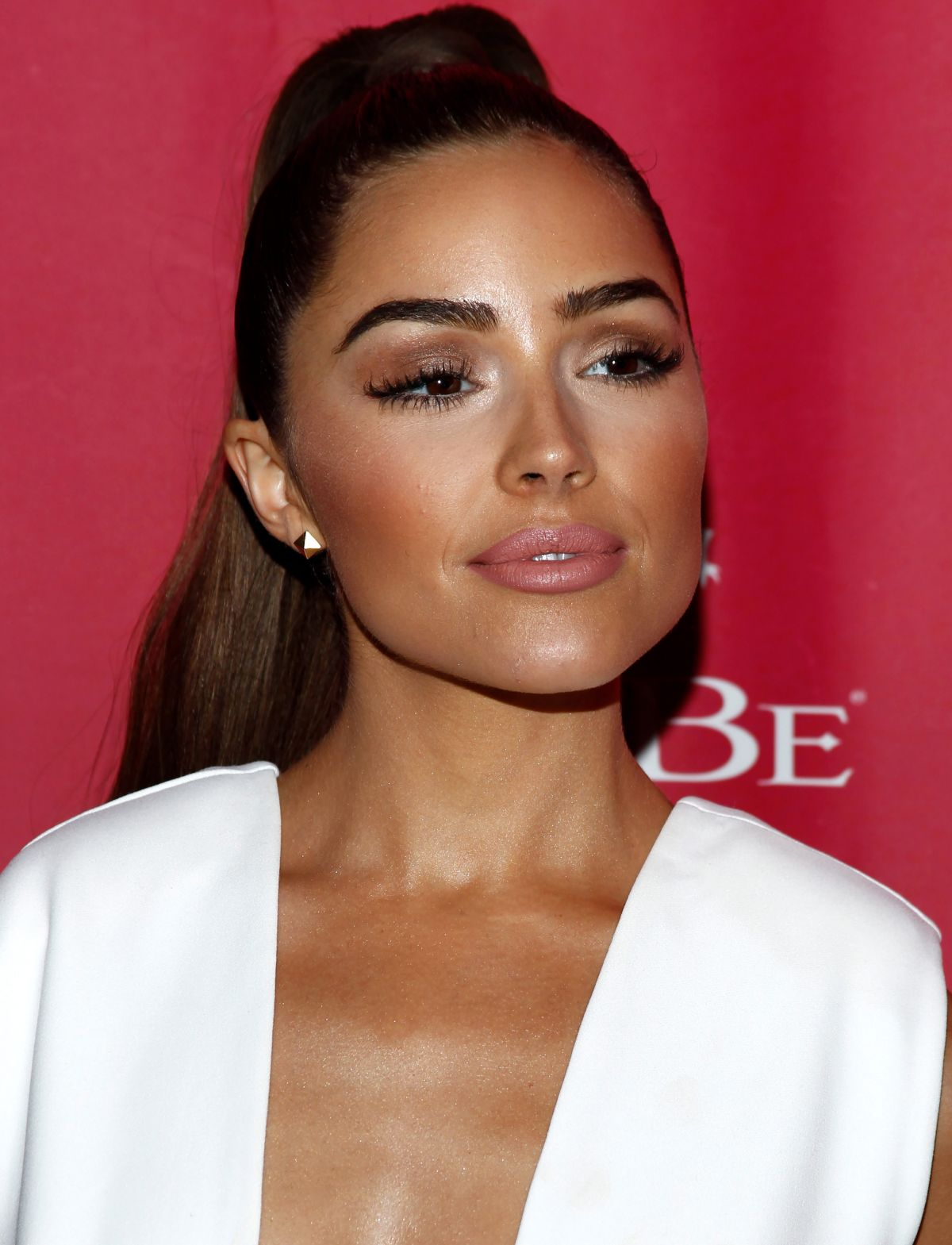 Olivia Culpo in White Dress at Foxtail Sls Sobe 21st Birthday Bash Pool Party in Las Vegas