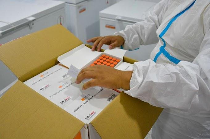 Inició jornada de vacunación contra el covid-19 en los municipios del Magdalena, 393 personas del sector salud recibieron su dosis