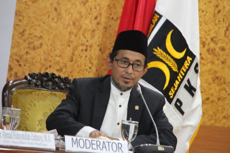 Suku Anak Dalam Tagih Janji Risma Beri Bansos, PKS: Jangan Patahkan Hati Mereka!