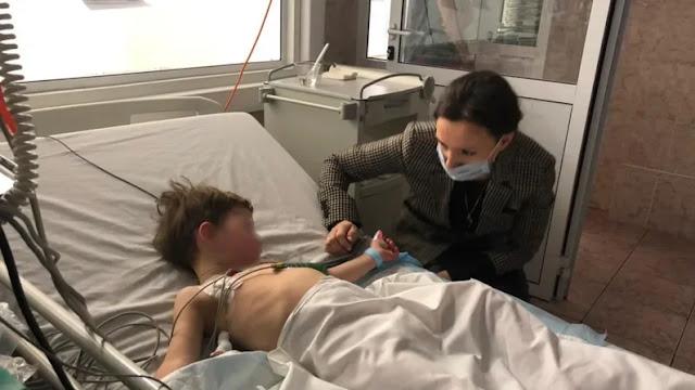 Врачи борются за жизнь детей, которых мать бросила на морозе умирать