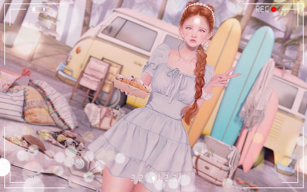 https://www.flickr.com/photos/-gossip_girl-/50225017451/in/dateposted/
