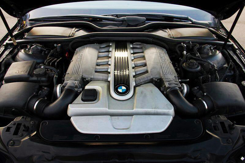 Muscle Car Collection Bmw 760li V12 Engine 2004