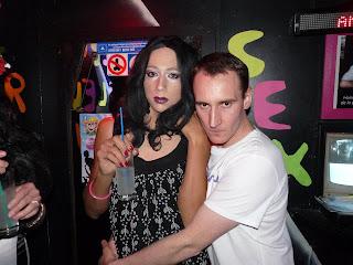 rencontre amicale gay club à Villemomble