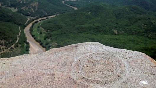 Des ruines préhispaniques découvertes au sommet d'une montagne au Mexique