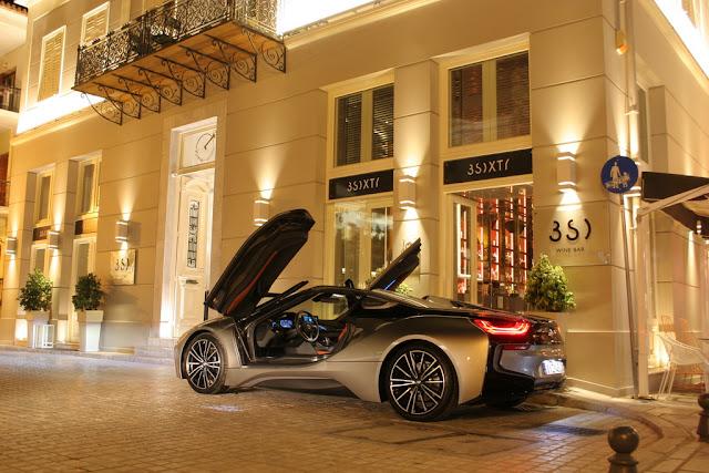 """Η BMW i8 Roadster eDrive που μοίρασε """"εγκεφαλικά"""" στο Ναύπλιο"""