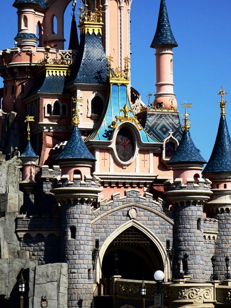 Ouverture de Disneyland Paris, chateau de la belle au bois dormant