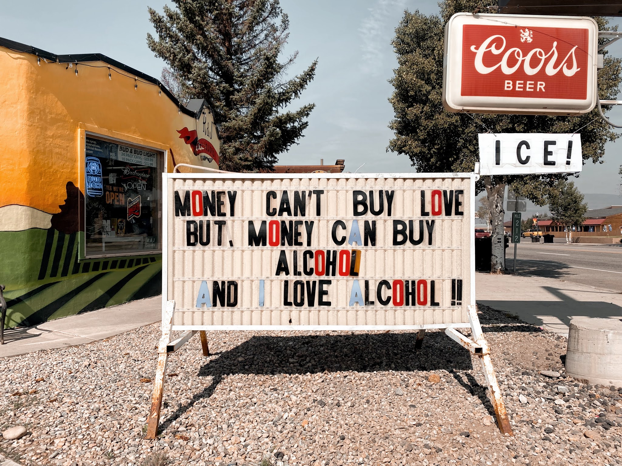 Money Can't Buy Happiness, Granby CO | biblio-style.com