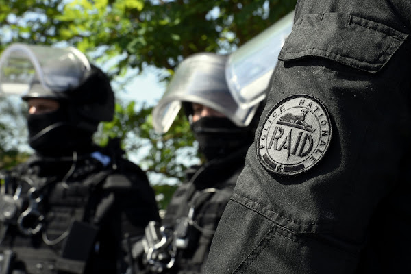 Coup de filet antiterroriste : sept hommes interpellés à Strasbourg et dans le Puy-de-Dôme