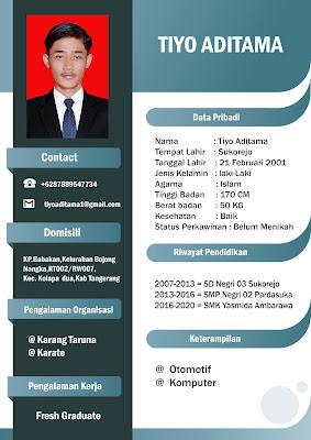 Desain CV Simpel .PSD