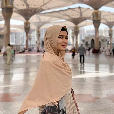 Masayu Clara Pakai Hijab 3