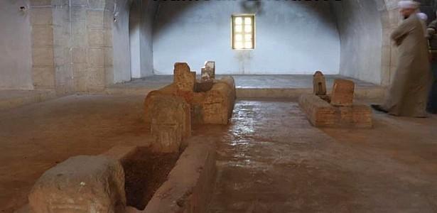 caliph-umar-bin-abdulaziz-tomb-desecration-2