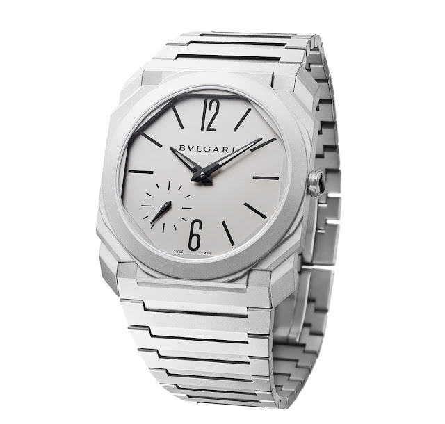 Bulgari Octo Finissimo Automatic in steel with bracelet