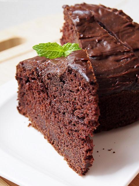 czekoladowe ciasto z cukinii (fit)