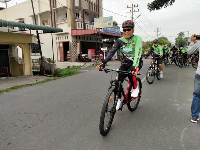 Gowes Bersama Keluarga Besar Kodim 0207/Simalungun Diwilayah Kota Pematang Siantar