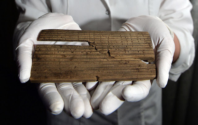 2,000-year-old handwritten documents found in London mud