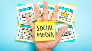 https://cdn-image.hipwee.com/wp-content/uploads/2018/03/hipwee-Facebook-vs.-Twitter-Social-Media-Strategy-Differences-1-750x422.jpg