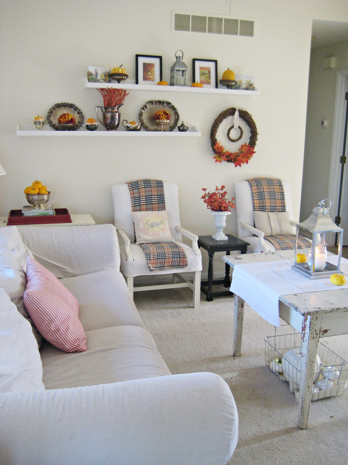 Autumn Living Room Decorating Ideas: Happy At Home: The Autumn Living Room
