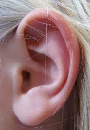 7 Ear Infections Signs