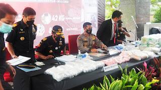 Operasi Gabungan Bareskrim dan Bea Cukai Menggagalkan Sabu 42,337 Kg dan 85 Ribu Ekstasi