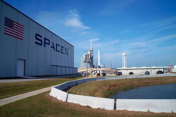 Viajes espaciales - Negocios con Futuro