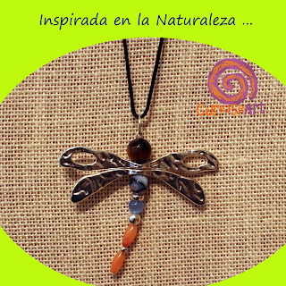 Bisutería Curioseart - Colgante libélula
