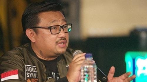 Sindir Jokowi Soal Bagi-Bagi Sembako, Rachland: Melamar Aja Jadi Relawan Irwan Fecho