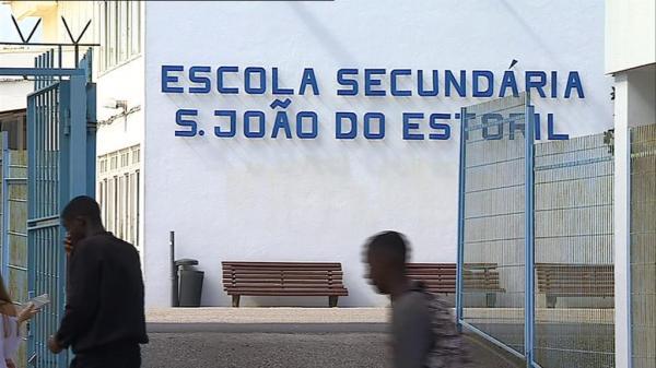 Caso de sarampo na Secundária de São João do Estoril está a ser seguido pela Autoridade de Saúde