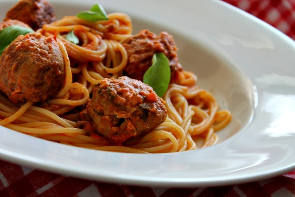 Tuna Balls with Tomato Spaghetti