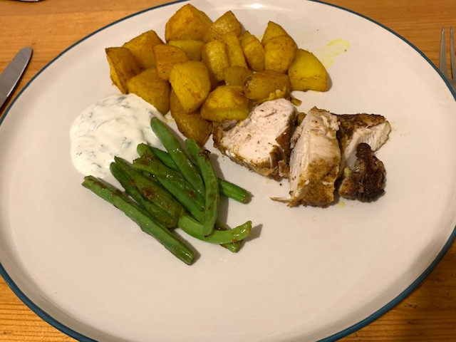Spiced chicken with bombay potatoes and green beans
