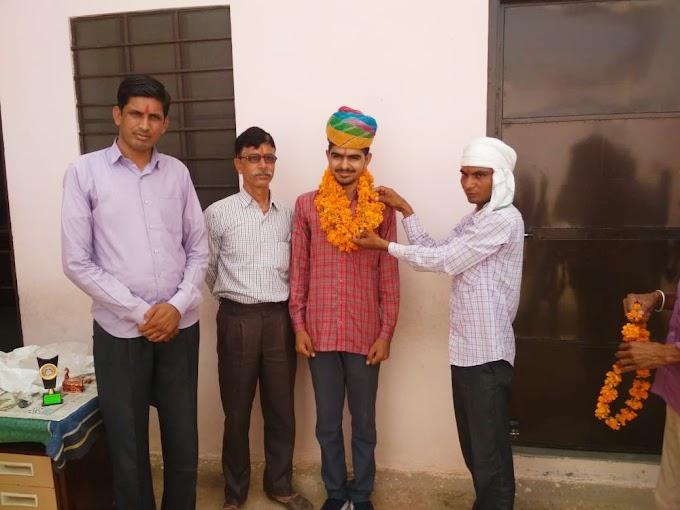 राहुल नेहरा ने दसवीं बोर्ड परीक्षा में 88.17% अंक हासिल कर गांव व परिवार का नाम किया रोशन