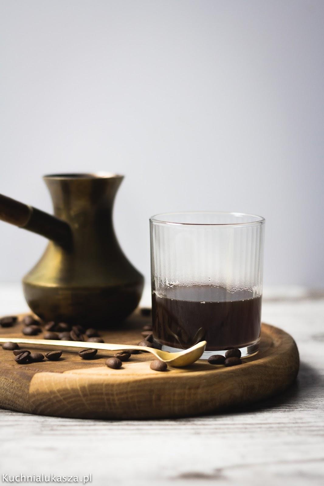 Najlepsza kawa z tygielka. Kawa turecka. Przepis i porady.