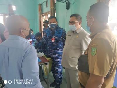 Ketua DPRD Natuna Menghadiri Kegiatan Deteksi Dini Penyebaran Covid-19 di Lingkungan Sekolah