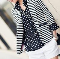 Preto e branco, a combinação perfeita - look com calçoes brancos, blusa às bolinhas e casaco às riscas