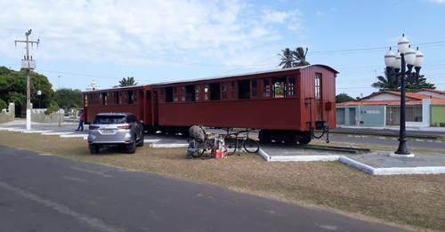 Biblioteca instalada em vagão de trem pelo SESC será inaugurada em Parnaíba.