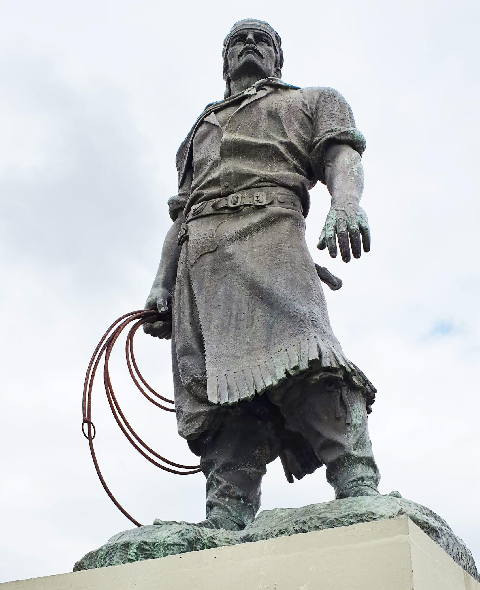 Monumento ao Laçador em Porto Alegre: a estátua que é símbolo da capital dos gaúchos