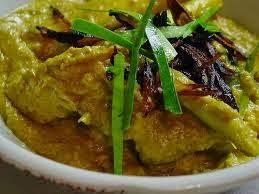 Menu Opor Ayam adalah salah satu menu yang paling sering kita temukan pada saat lebaran Resep Opor Ayam Yang Enak