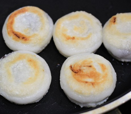 Sticky Rice Cake with Red Bean Paste #desserts #sweets