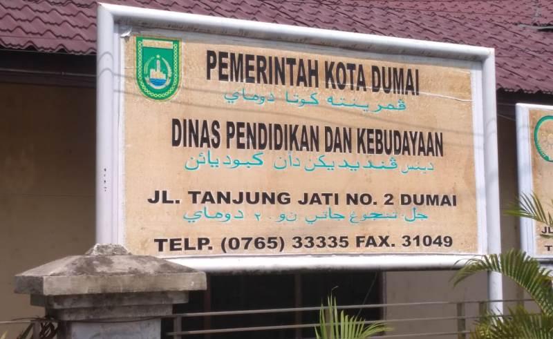Kadisdikbud Dumai Hindari Wartawan Terkait Proyek Gagal Gedung Sekolah 2 Tahun Terlantar