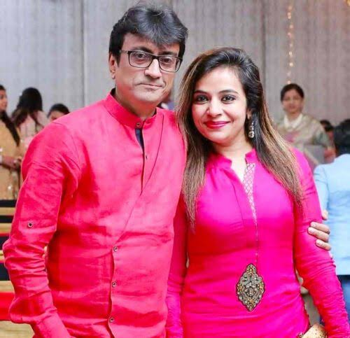 amit bhatt with his wife