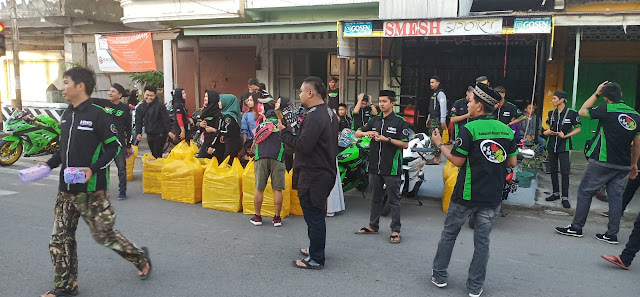 KMS-KNI Sidrap Berbagi Takjil dan Salurkan Bantuan ke Panti Asuhan