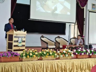 Seminar Pembelajaran Abad 21 di Pekan