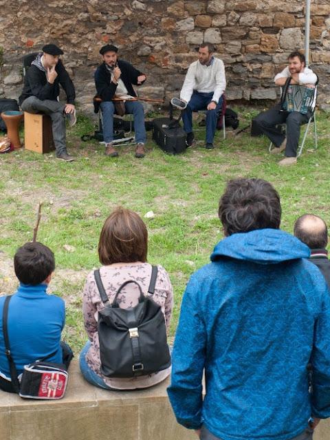 Muñatones abre sus puertas a la música