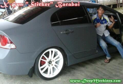 Hasil Pemasangan Sticker pada Mobil
