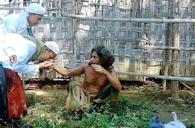 Viral Foto Mirip Orang Gila Dianggap Wali Allah, Penampilannya Jadi Sorotan