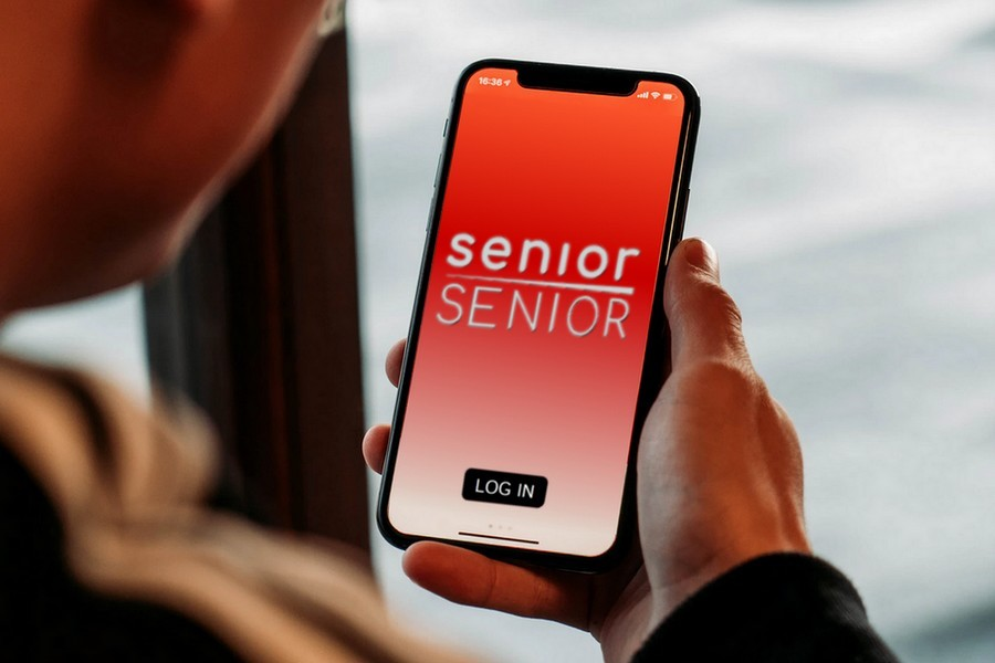 SeniorSenior Mock App